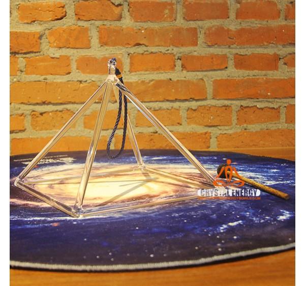 crystal pyramid 10 inch